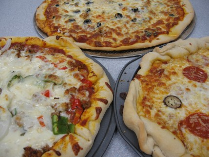Close up of the finished pizza